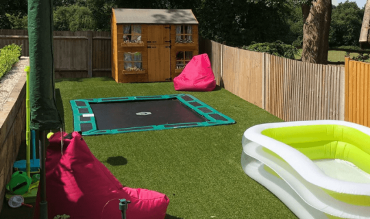 family garden with paddling pool